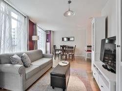 Photo 7: 302 219 Fort York Boulevard in Toronto: Niagara Condo for lease (Toronto C01)  : MLS®# C4438193