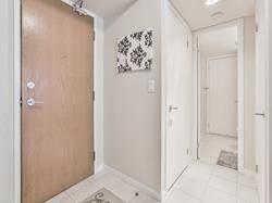 Photo 16: 302 219 Fort York Boulevard in Toronto: Niagara Condo for lease (Toronto C01)  : MLS®# C4438193
