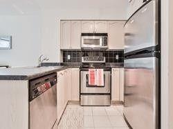 Photo 3: 302 219 Fort York Boulevard in Toronto: Niagara Condo for lease (Toronto C01)  : MLS®# C4438193