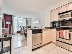 Photo 2: 302 219 Fort York Boulevard in Toronto: Niagara Condo for lease (Toronto C01)  : MLS®# C4438193