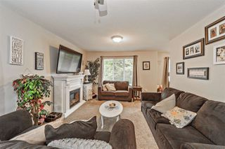 Photo 8: 7765 DUNSMUIR Street in Mission: Mission BC House for sale : MLS®# R2370845