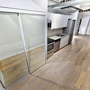 Photo 2: 410 170 Sudbury Street in Toronto: Little Portugal Condo for sale (Toronto C01)  : MLS®# C4456170