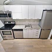 Photo 4: 410 170 Sudbury Street in Toronto: Little Portugal Condo for sale (Toronto C01)  : MLS®# C4456170