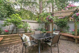 "Photo 2: 105 2256 W 7TH Avenue in Vancouver: Kitsilano Condo for sale in ""Windgate"" (Vancouver West)  : MLS®# R2378152"