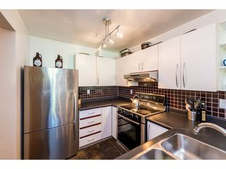 "Photo 6: 301 1230 HARO Street in Vancouver: West End VW Condo for sale in ""TWELVE THIRTY"" (Vancouver West)  : MLS®# R2379040"
