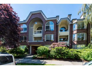 "Photo 1: 301 1230 HARO Street in Vancouver: West End VW Condo for sale in ""TWELVE THIRTY"" (Vancouver West)  : MLS®# R2379040"