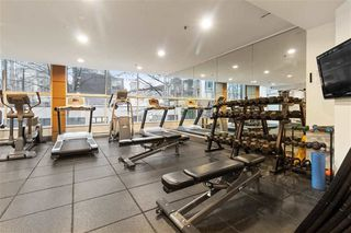 "Photo 9: 1107 1323 HOMER Street in Vancouver: Yaletown Condo for sale in ""PACIFIC POINT"" (Vancouver West)  : MLS®# R2386198"