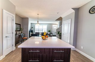 Photo 3: 2136 24 ST in Edmonton: Zone 30 Attached Home for sale : MLS®# E4172506