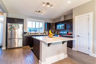 Photo 5: 2136 24 ST in Edmonton: Zone 30 Attached Home for sale : MLS®# E4172506