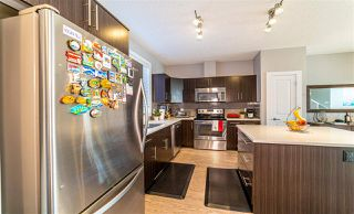 Photo 4: 2136 24 ST in Edmonton: Zone 30 Attached Home for sale : MLS®# E4172506