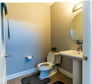 Photo 18: 2136 24 ST in Edmonton: Zone 30 Attached Home for sale : MLS®# E4172506