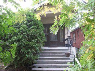 Photo 4: 11440 97 Street in Edmonton: Zone 08 House for sale : MLS®# E4174741