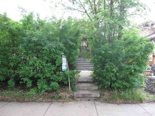 Photo 2: 11440 97 Street in Edmonton: Zone 08 House for sale : MLS®# E4174741