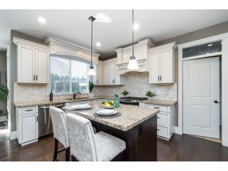 """Photo 7: 8059 210 Street in Langley: Willoughby Heights House for sale in """"YORKSON"""" : MLS®# R2417539"""