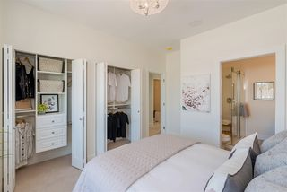 """Photo 13: 56 1670 160 Street in Surrey: King George Corridor Townhouse for sale in """"Isola"""" (South Surrey White Rock)  : MLS®# R2467193"""