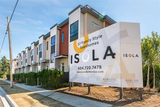 """Photo 1: 56 1670 160 Street in Surrey: King George Corridor Townhouse for sale in """"Isola"""" (South Surrey White Rock)  : MLS®# R2467193"""