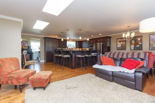 Photo 8: 543 Normandy Rd in : SW Royal Oak Single Family Detached for sale (Saanich West)  : MLS®# 851271