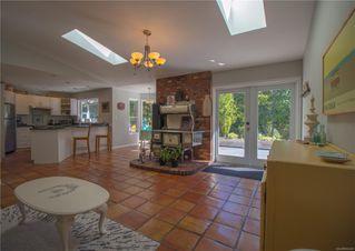 Photo 5: 2780 Turnbull Rd in : PQ Qualicum North House for sale (Parksville/Qualicum)  : MLS®# 855338