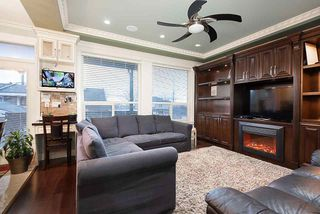 Photo 9: 1676 E 58TH Avenue in Vancouver: Fraserview VE House for sale (Vancouver East)  : MLS®# R2528167