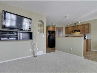 Photo 5: 138 Aspen Mews in Strathmore: Aspen Creek House for sale : MLS®# C3468039