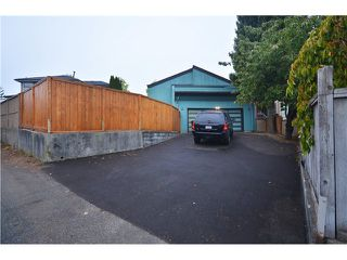 Photo 10: 6246 GILLEY Avenue in Burnaby: Upper Deer Lake House for sale (Burnaby South)  : MLS®# V976641