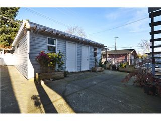 Photo 13: # 1553 1551 E 11TH AV in Vancouver: Grandview VE House for sale (Vancouver East)  : MLS®# V1037323