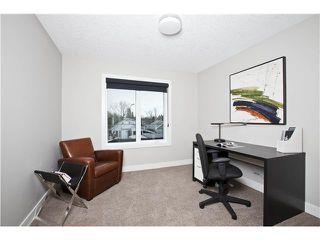 Photo 17: 810 7 Avenue NE in CALGARY: Renfrew_Regal Terrace Residential Detached Single Family for sale (Calgary)  : MLS®# C3604291