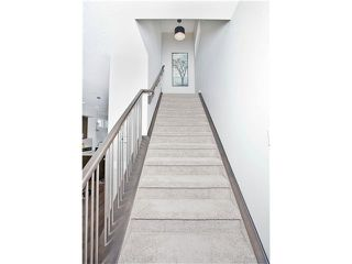 Photo 18: 810 7 Avenue NE in CALGARY: Renfrew_Regal Terrace Residential Detached Single Family for sale (Calgary)  : MLS®# C3604291