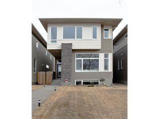Photo 1: 810 7 Avenue NE in CALGARY: Renfrew_Regal Terrace Residential Detached Single Family for sale (Calgary)  : MLS®# C3604291