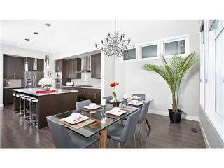 Photo 3: 810 7 Avenue NE in CALGARY: Renfrew_Regal Terrace Residential Detached Single Family for sale (Calgary)  : MLS®# C3604291