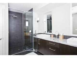 Photo 11: 810 7 Avenue NE in CALGARY: Renfrew_Regal Terrace Residential Detached Single Family for sale (Calgary)  : MLS®# C3604291