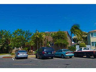 Photo 2: PACIFIC BEACH Townhome for sale : 3 bedrooms : 856 Diamond Street in San Diego
