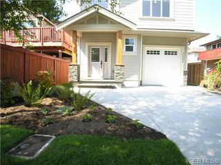 Photo 2: 2302 Belair Rd in VICTORIA: La Thetis Heights House for sale (Langford)  : MLS®# 675150