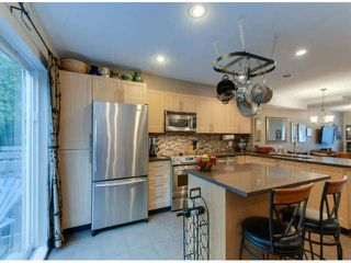 """Photo 10: 150 15168 36TH Avenue in Surrey: Morgan Creek Townhouse for sale in """"SOLAY"""" (South Surrey White Rock)  : MLS®# F1423214"""