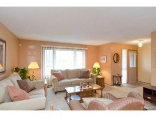 Photo 2: 26 Timmerman Place in WINNIPEG: North Kildonan Residential for sale (North East Winnipeg)  : MLS®# 1427541