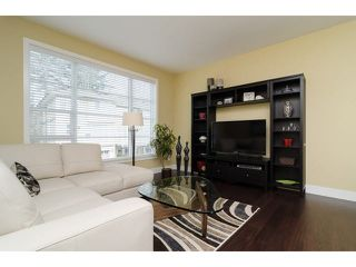 """Photo 4: 1 15405 31ST Avenue in Surrey: Grandview Surrey Townhouse for sale in """"NUVO 2"""" (South Surrey White Rock)  : MLS®# F1430709"""