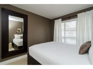 """Photo 13: 1 15405 31ST Avenue in Surrey: Grandview Surrey Townhouse for sale in """"NUVO 2"""" (South Surrey White Rock)  : MLS®# F1430709"""