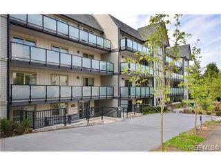 Photo 1: 202 1436 Harrison St in VICTORIA: Vi Downtown Condo Apartment for sale (Victoria)  : MLS®# 669412