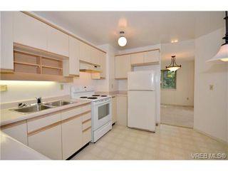 Photo 5: 202 1436 Harrison St in VICTORIA: Vi Downtown Condo Apartment for sale (Victoria)  : MLS®# 669412