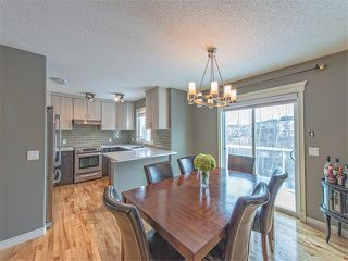 Photo 2: 55 ROCKLEDGE Terrace NW in Calgary: Rocky Ridge Ranch House  : MLS®# C4005810