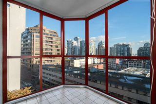 "Photo 1: 708 811 HELMCKEN Street in Vancouver: Downtown VW Condo for sale in ""IMPERIAL TOWER"" (Vancouver West)  : MLS®# R2011979"
