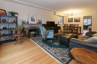 Photo 2: 616 W 21ST Avenue in Vancouver: Cambie House for sale (Vancouver West)  : MLS®# R2014809