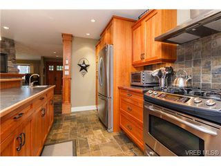 Photo 11: 4904 Wesley Road in VICTORIA: SE Cordova Bay Single Family Detached for sale (Saanich East)  : MLS®# 358579