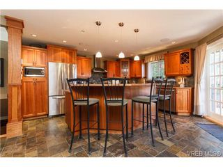 Photo 8: 4904 Wesley Road in VICTORIA: SE Cordova Bay Single Family Detached for sale (Saanich East)  : MLS®# 358579