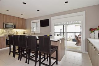 Photo 8: 3220 PHILLIPS Avenue in Burnaby: Government Road House for sale (Burnaby North)  : MLS®# R2050193