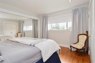 Photo 12: 3220 PHILLIPS Avenue in Burnaby: Government Road House for sale (Burnaby North)  : MLS®# R2050193