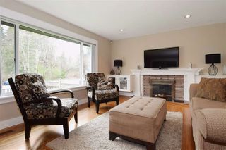 Photo 3: 3220 PHILLIPS Avenue in Burnaby: Government Road House for sale (Burnaby North)  : MLS®# R2050193