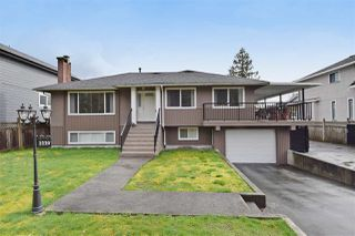 Photo 1: 3220 PHILLIPS Avenue in Burnaby: Government Road House for sale (Burnaby North)  : MLS®# R2050193