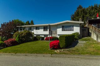 Photo 2: 34837 BRIENT Drive in Mission: Hatzic House for sale : MLS®# R2061032