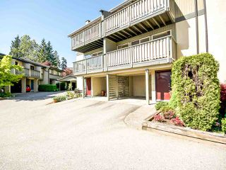 "Photo 2: 1036 LILLOOET Road in North Vancouver: Lynnmour Townhouse for sale in ""Lillooet Place"" : MLS®# R2061243"